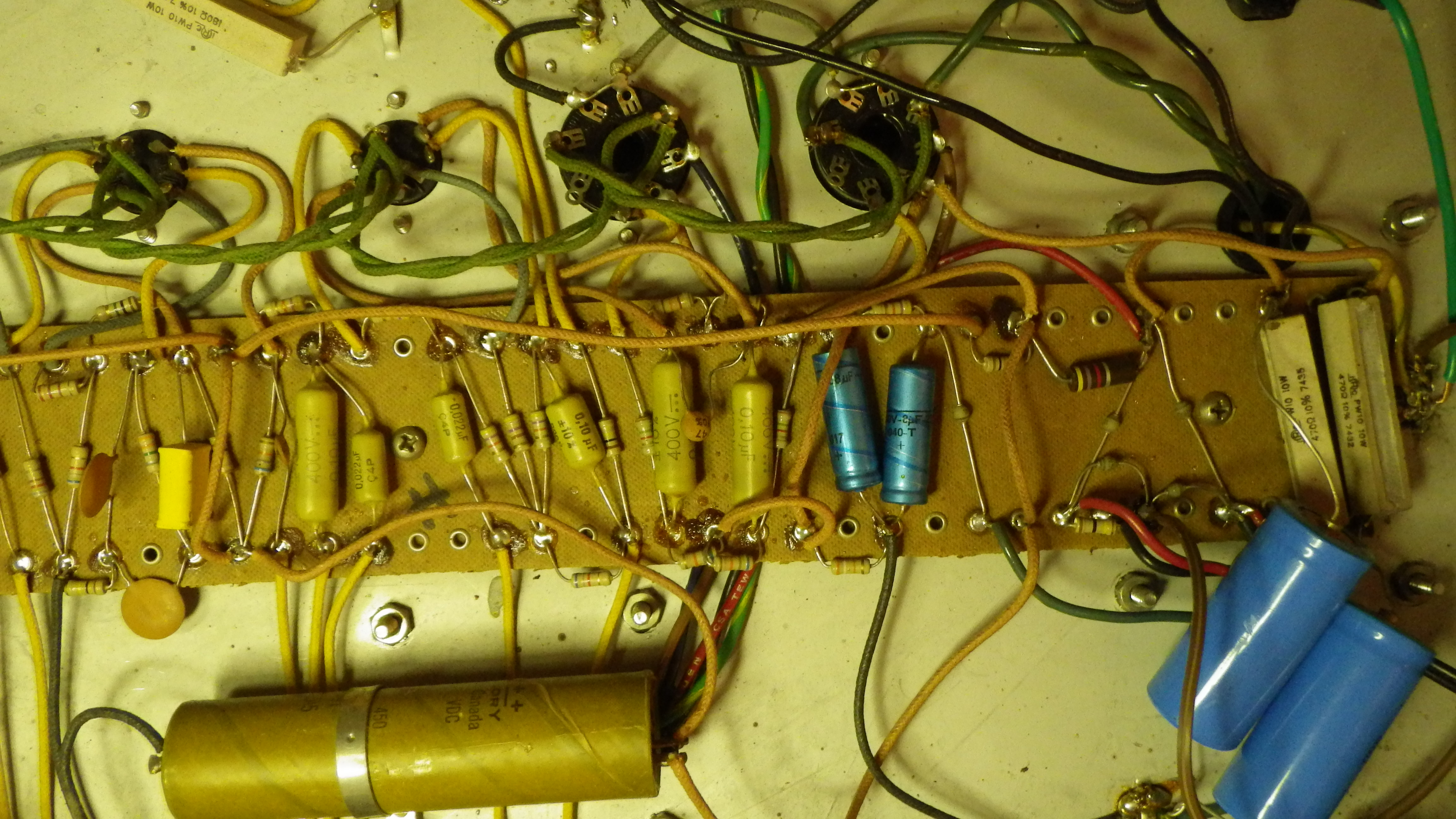 Yba 1 Chronicles Fender Bassman 5f6 Tweed Guitar Effect Schematic Diagram Pretty Reliable Beasts But Like All Electrolytic Caps They Have A Finite Lifetime See Http Nmrmghharvardedu Reese Electrolytics For